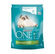 One Indoor 200 гр./Ван Сухой корм для домашних кошек индейка и цельные злаки